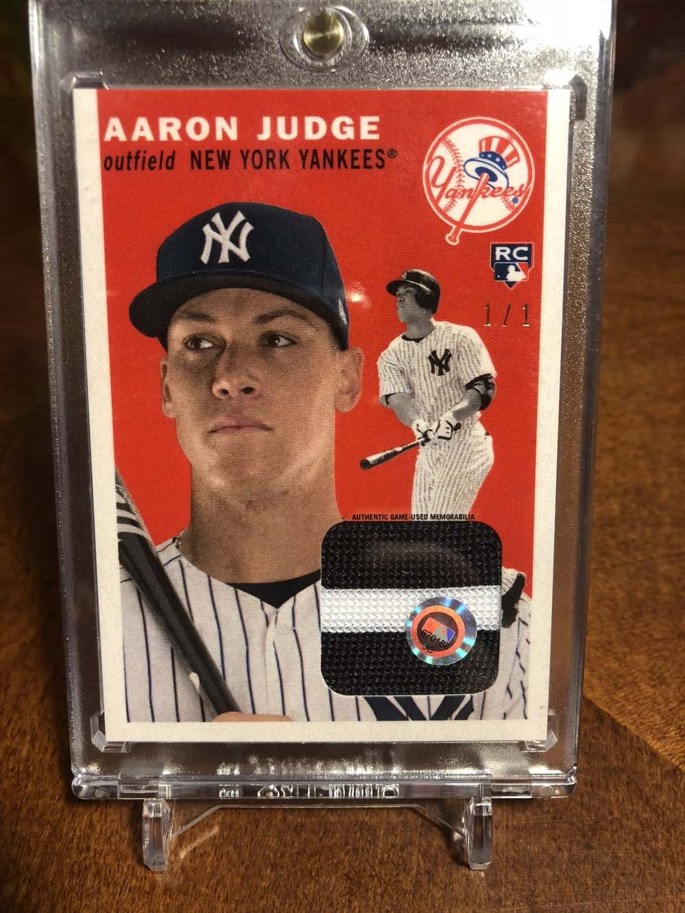 2017 Topps Transcendent Topps History Aaron Judge 1/1 Game-Used Patch 1954 Design