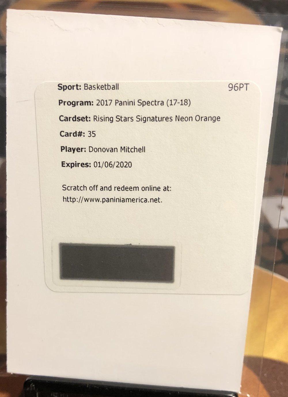 2017-18 Panini Spectra Donovan Mitchell Rising Stars Signatures Orange /5