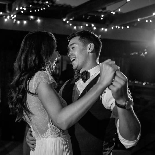 Bride and Groom Dancing at a Hunter Valley Wedding