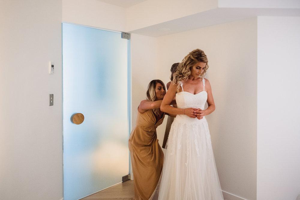 Bride getting ready, Bride in Wedding Dress at the QT in Bondi