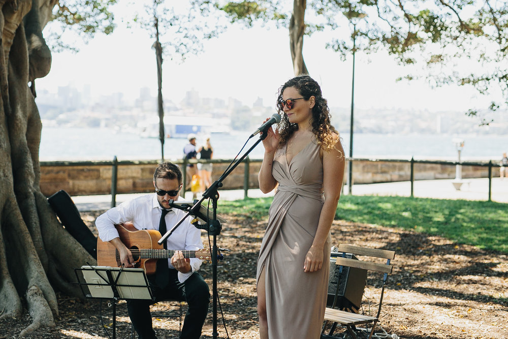Wedding singer at The Sydney Botanic Gardens Harbour View Lawn. Wedding planning by Samantha Burke Events.