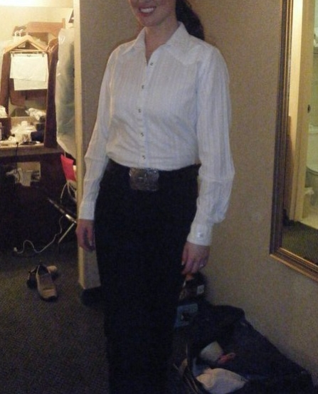 At many local pageants, a simple white button-up with blue or black 5-pocket Wranglers are expected for Horsemanship.