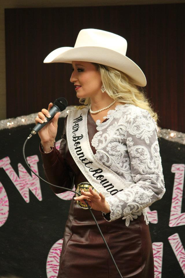 Miss Rodeo Idaho 2014 Hali Stutzman  photo courtesy of  Timberly Broner .