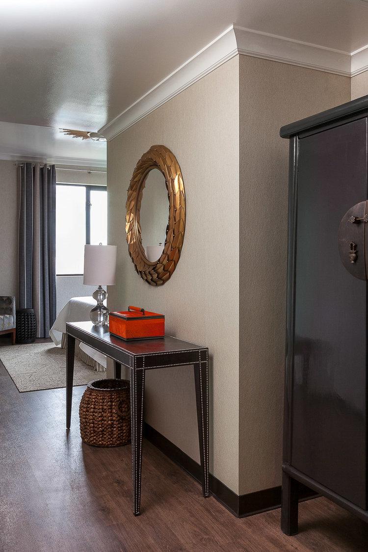 palo alto living room with round mirror jana magginetti interior design - Interior Design Palo Alto