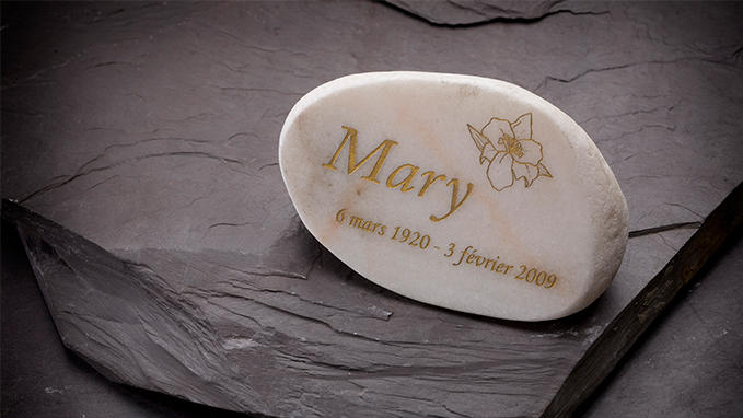 Foil stamping of an engraving on a marble plaque