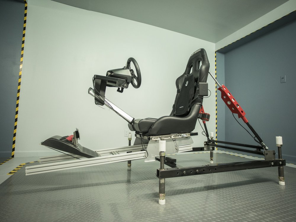 RACING   Seat Mover design with fully moving cockpit developed by our team and powered by super fast 150mm stroke SCN5 actuators with max speeds of 400 mm/s. This 2DOF rig is optimal for high precision asphalt racing.    GAMES   Project Cars 1 and 2