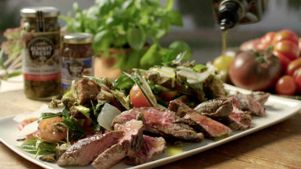 PANZANELLA SALAD WITH SEARED BEEF