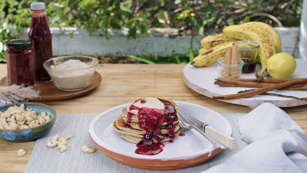Almond pancakes with Cashew cream and Jam