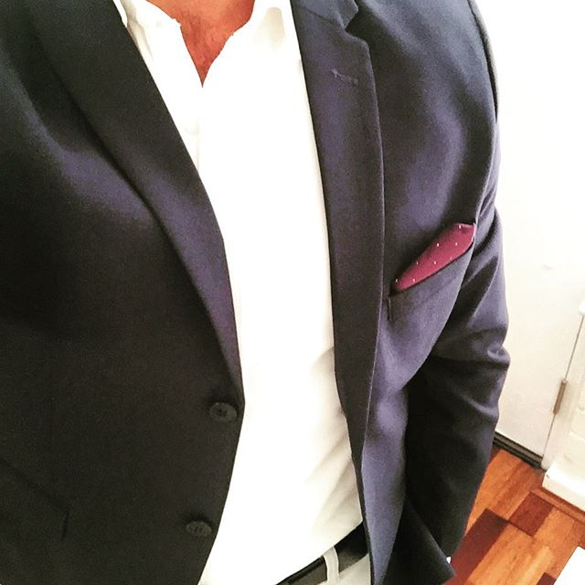 Change is coming.  #lookoftheday #smartcasual #lookingood #menfashion #menstyle #blazer #blazerdress #blueblazer #navyblazer #whiteshirt #pocketsquare #fashionweek2018 #voguefashionweek2018 #mensclothing