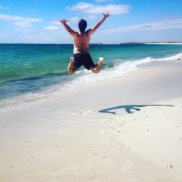 Missing home. #perth #perthisokay #perthisok #perthisamazing #amazingwa #westernaustralia #home #homesick #beach #ocean #perthcity