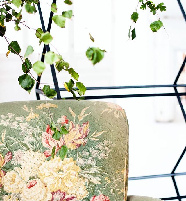 Even our chairs are in full bloom. #botanicalpickmeup