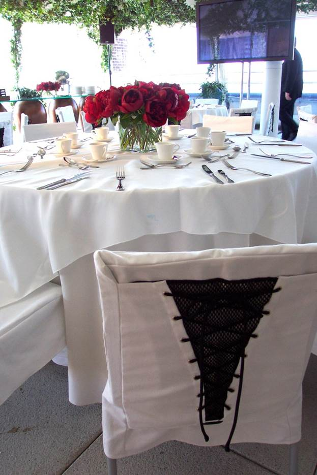 custom-table-linens.jpg