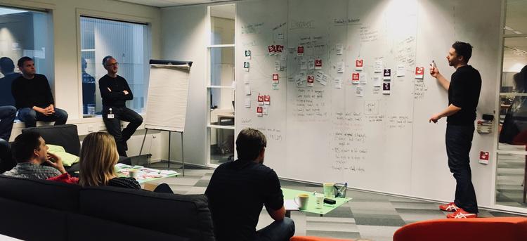Customer Journey Mapping Workshop Divergent Thinking - Customer journey mapping workshop