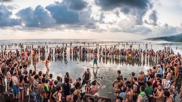 Envision_Festival_2015_Beach_Ceremony - 06.jpg