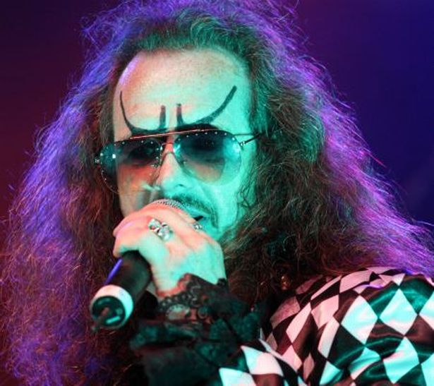 Dr and the Medics2 xsp.co.uk.jpg