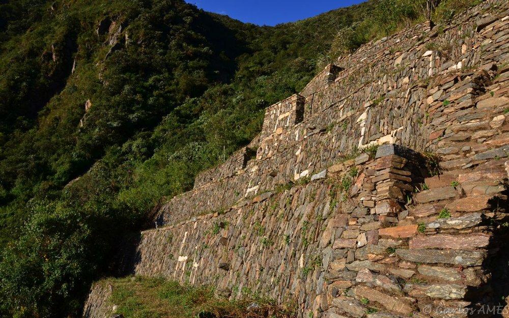 Hiking Peru   Choquequirao - Huancacalle & Machu Picchu    Book This Tour
