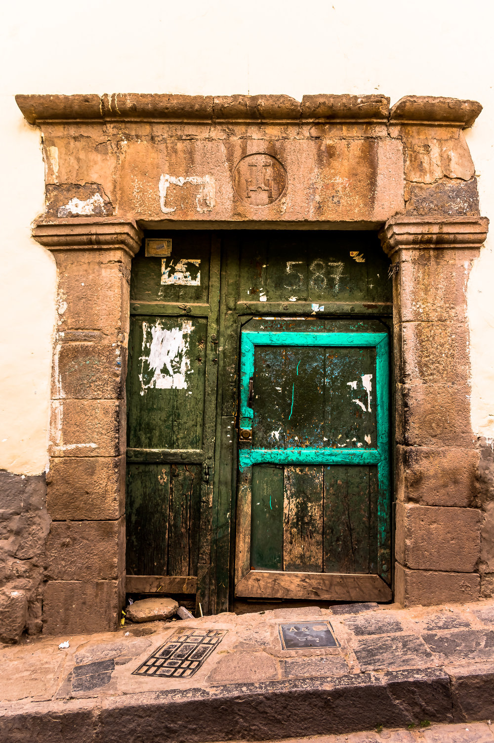 Door portrait in the streets of Cusco, Peru