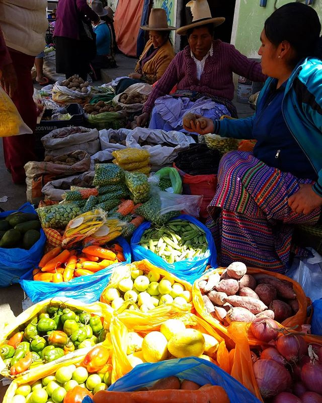 The basecamp of mountaineering, Huaraz local market = Huge juicy passion fruits, ripe and flavorful avocados, delicious hot Peruvian peppers (rocotos) offered by these ladies who harvest their produce on a daily base. ❤🇵🇪 • • • • • •  #followthepaths #travel #travelgram #groceries #peru #landscape #nativepaths #nofilter #adventure #trip #outdoors #exploring #passionpassport #instatravel #instamood #colorful #wanderlust #wilderness #photooftheday