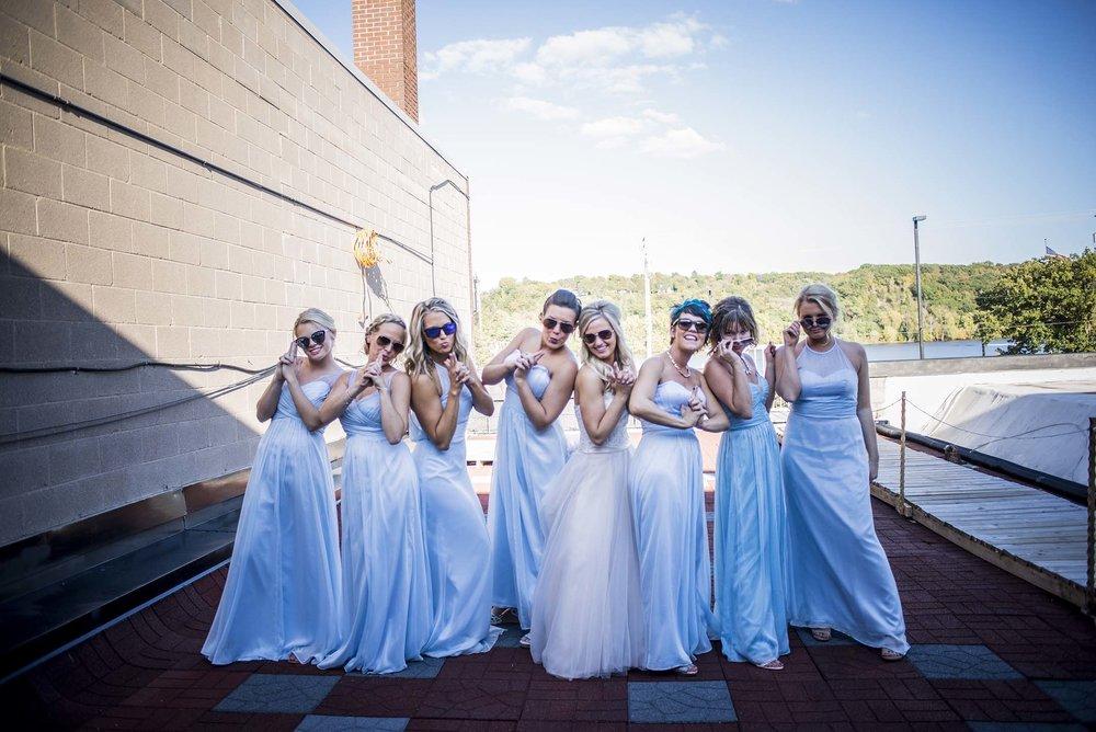 WeddingParty_5.jpg