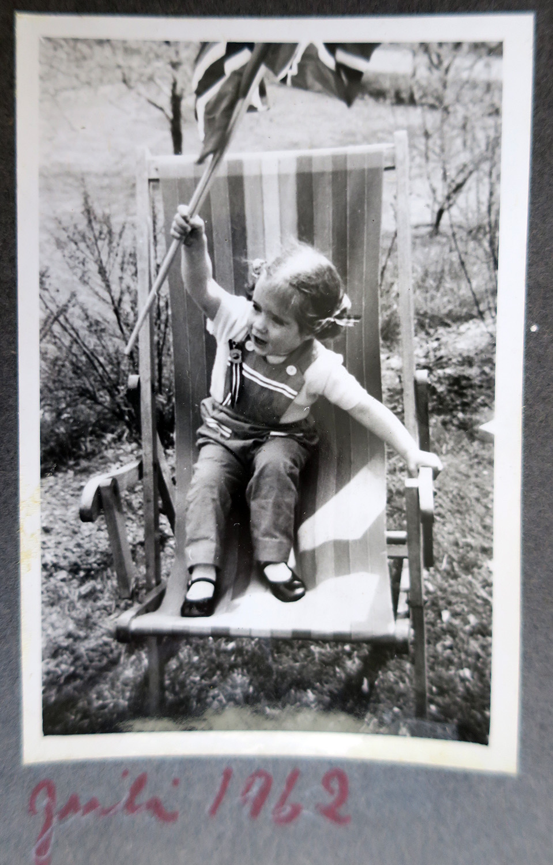 me1962_1.jpg