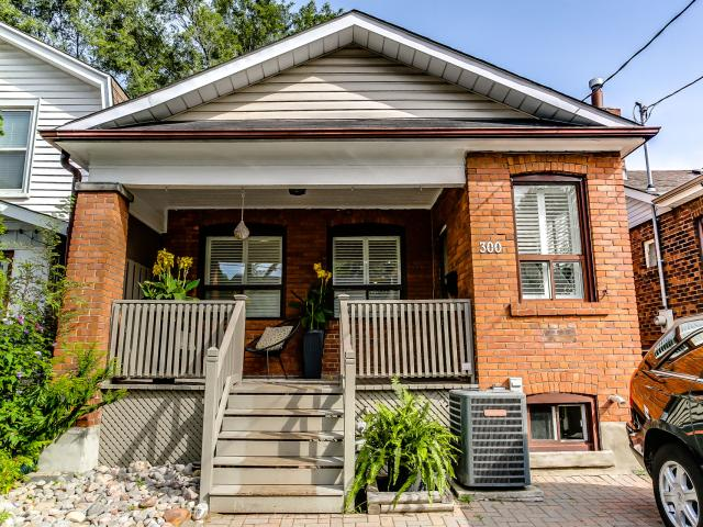 300 Springdale Blvd, East York  - SOLD