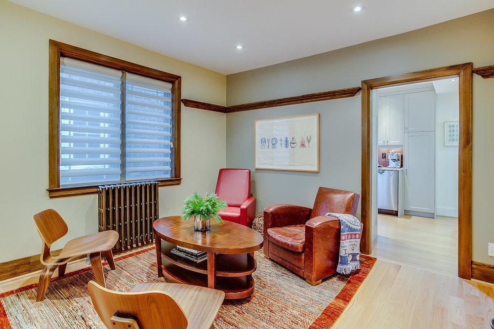 13_living_room5.jpg