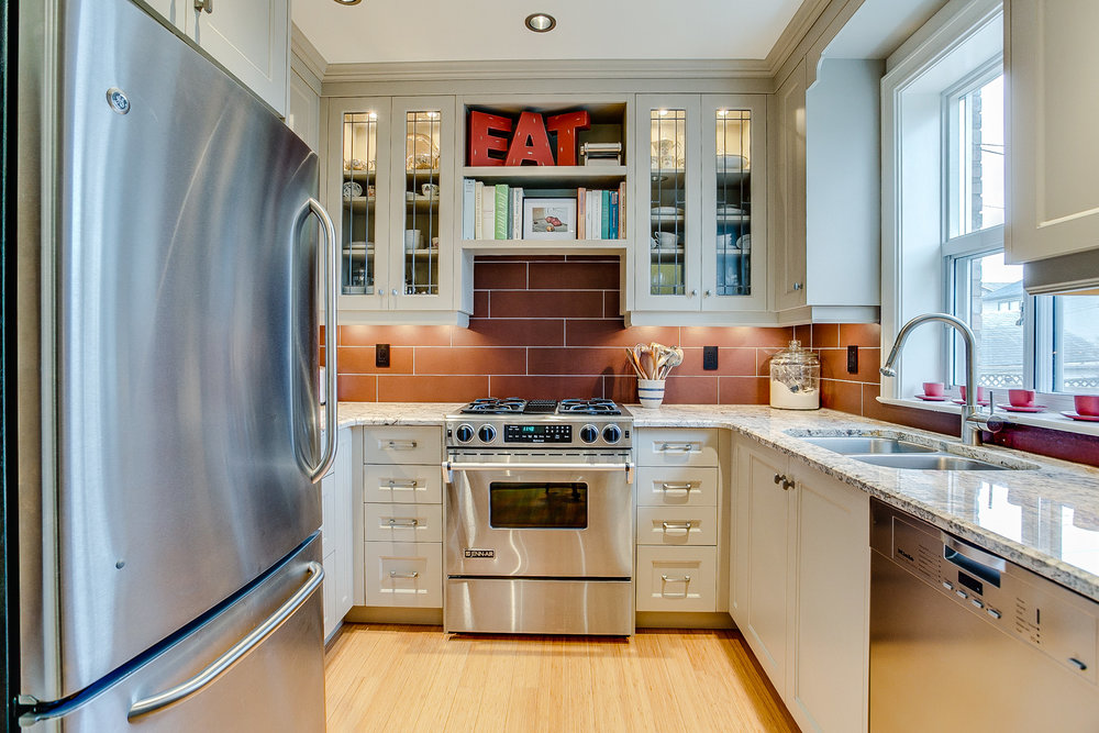 22_kitchen2.jpg
