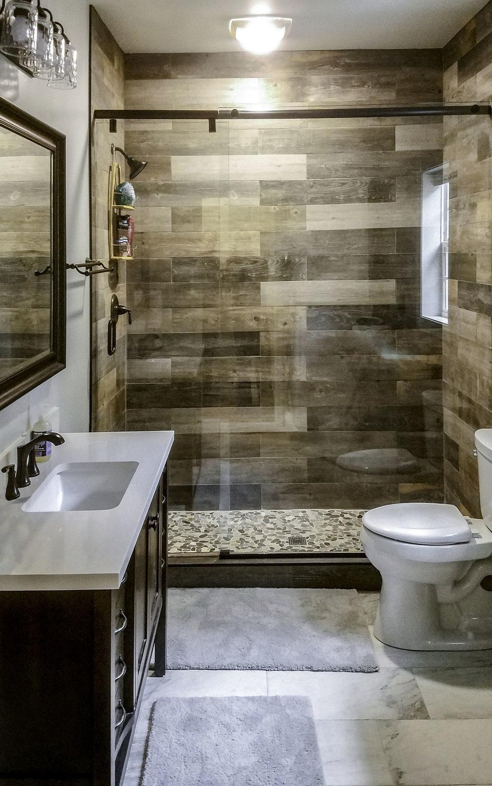 r2sr bathroom11edit final.jpg