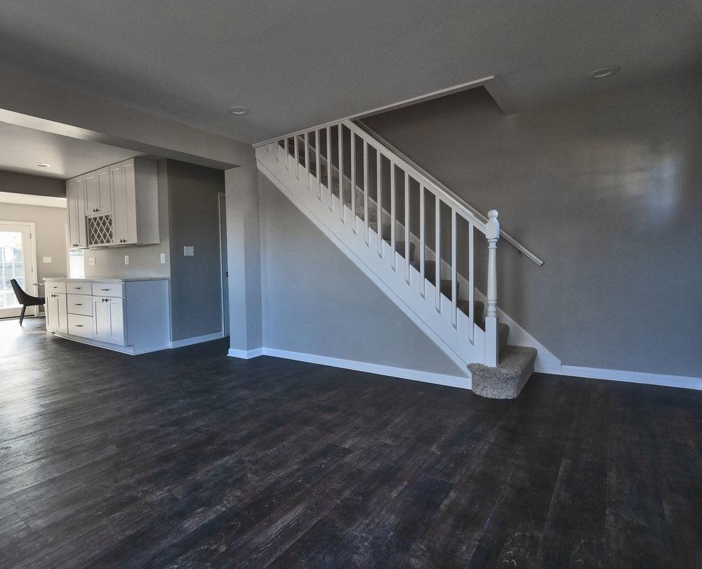 2913 Main living room.jpg