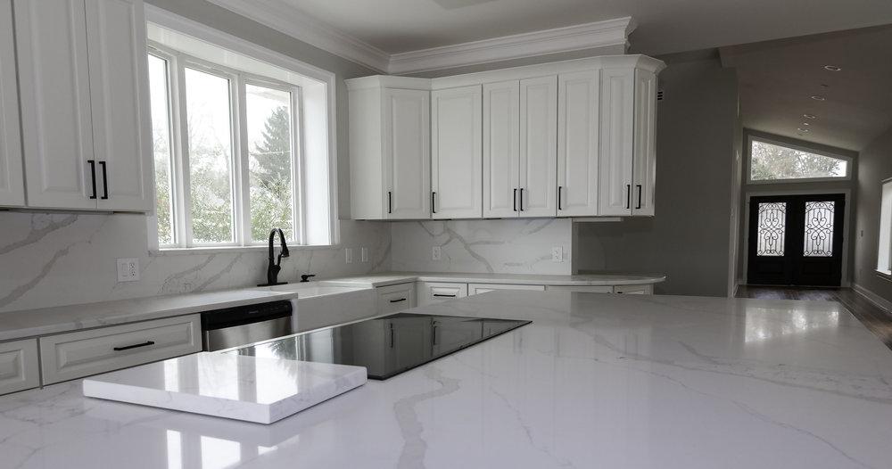 riverhouse kitchen 2.jpg