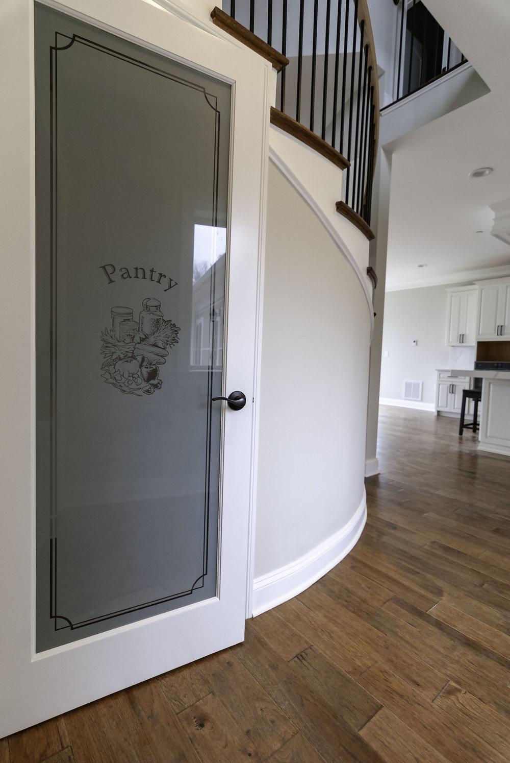 riverhouse pantry 2.jpg