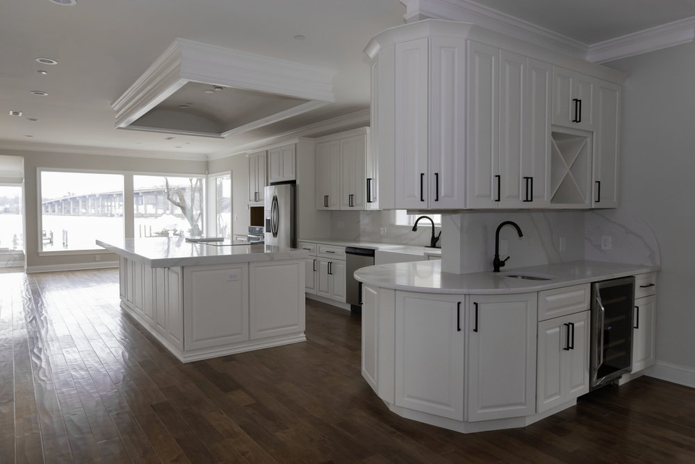 riverhouse kitchen 3.jpg