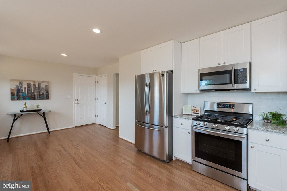 1315 McKinley kitchen 2.jpg
