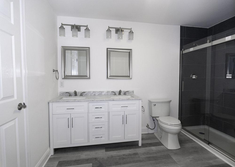 6 Harness Basement Bathroom 4 edit.jpg