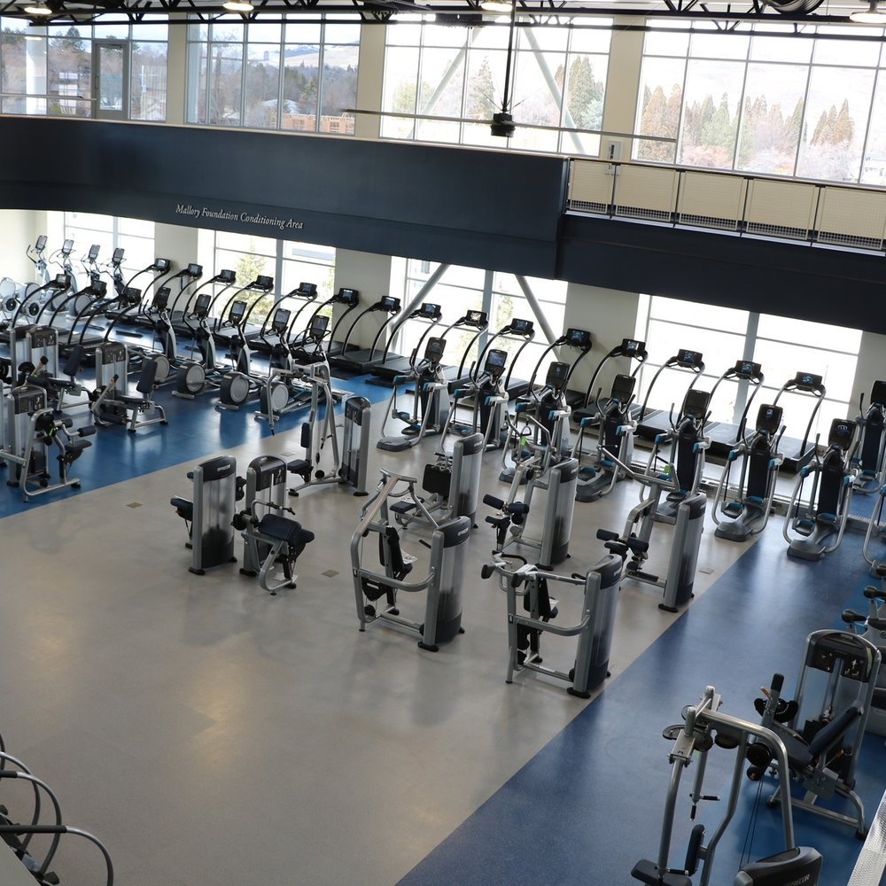 University of NevadaRecreation Center - University of Nevada at Reno is known for its incredible attention to fitness and its effect on students. CFE provided them with durable equipment that emphasizes functional fitness and cross training.