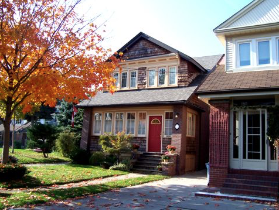 - Real EstateResidences in The Danforth neighbourhood are relatively affordable compared to other downtown Toronto areas. This, coupled with the easy access to subway stations along the Bloor-Danforth line, make The Danforth a great option for buyers.Homes in The Danforth are typically well-maintained and marked by meticulously-manicured lawns, tree-lined walkways, plenty of green space, timeless architecture, and pedestrian-friendly streets and sidewalks.The more affordable housing options in the area typically reside around Kingston Road, which tend to be the area's smallest homes as well. The more expensive options are located closer to the Beaches to the south.Semi-detached homes with large porches characterize the residential landscape north of Danforth Avenue. On the south side of the street is a wider range of different types of dwellings, including Victorian semi-detached, townhouses, and bungalows. There are also a handful of apartment buildings that offer residents a lower price tag.