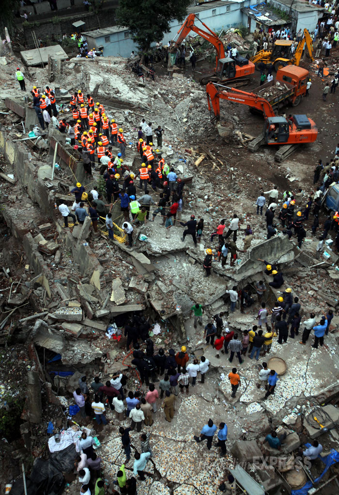 Image B-Mumbai five story building collapse photo 2013