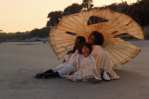 Daughters_of_the_Dust_insert_courtesy_Cohen_Film_Collection.jpg