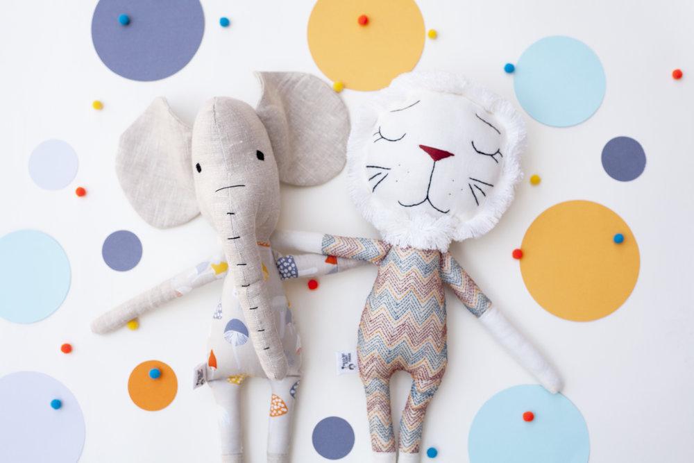 Lion+and+Elephant+Buds.jpg