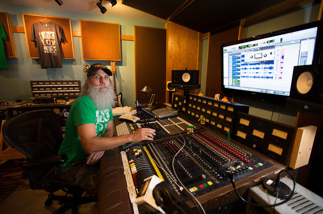 Nashville Producer Fights for Backyard Studio as Home-Studio Owners Nationwide Hope Neighbors Don't Squeal -