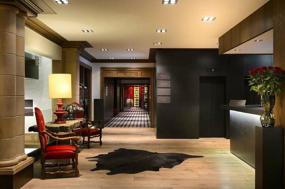 Hotel Lenado Mood Images Presentation-03.jpg