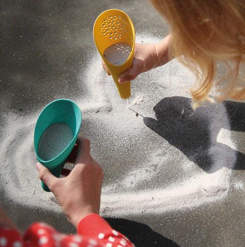 BeachRentalsStAugustineDrifters_quut_cuppi_inuse_sandwriter4-crop-u45787.jpg