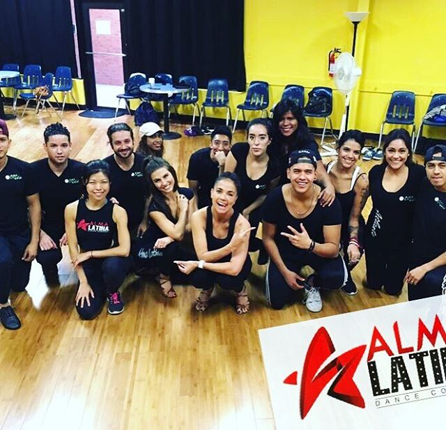 Check out Director @gabyequiz Equiz and Pro Team instructor and dancer @mastache96  on their visit and training day at @almaatlanta rehearsal day.  We just learned so much and had so much fun in the process.  For more information about staring your own Alma Latina Team , the training and creative process around it , contact us.  www.almalatinadance.com  #almalatinateamsworldwide  #almalatinatechnique  #AlmaLatinaExito