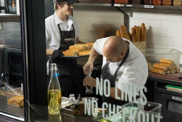 go-gallery-kitchen._V534007259_.jpg