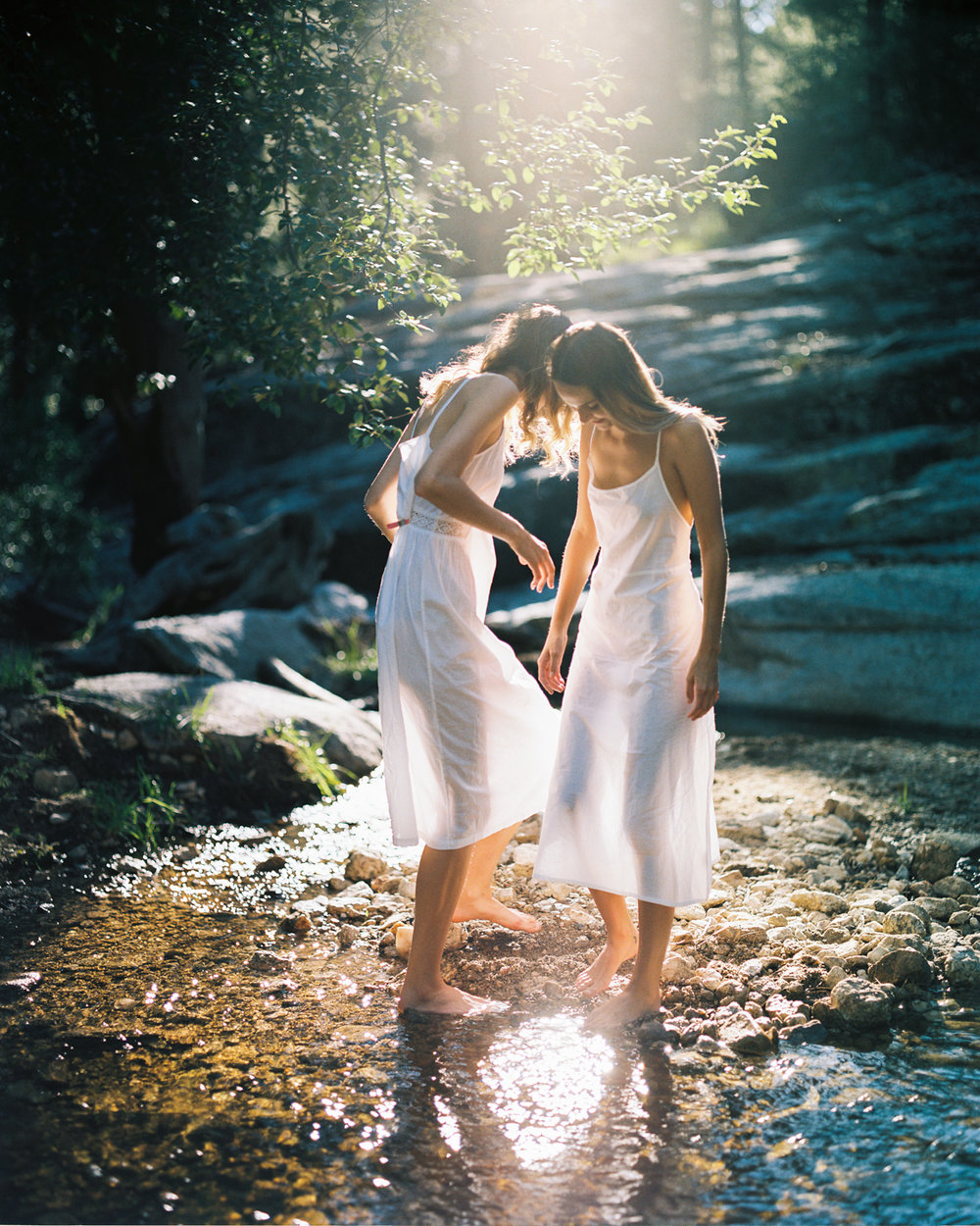 3_Kailyn_and_morgan_rose_canyon_lake_Tucson_az_pentax_67_portra_400_film_ Stream_Copyright_Taylor_Noel_Photography.jpg
