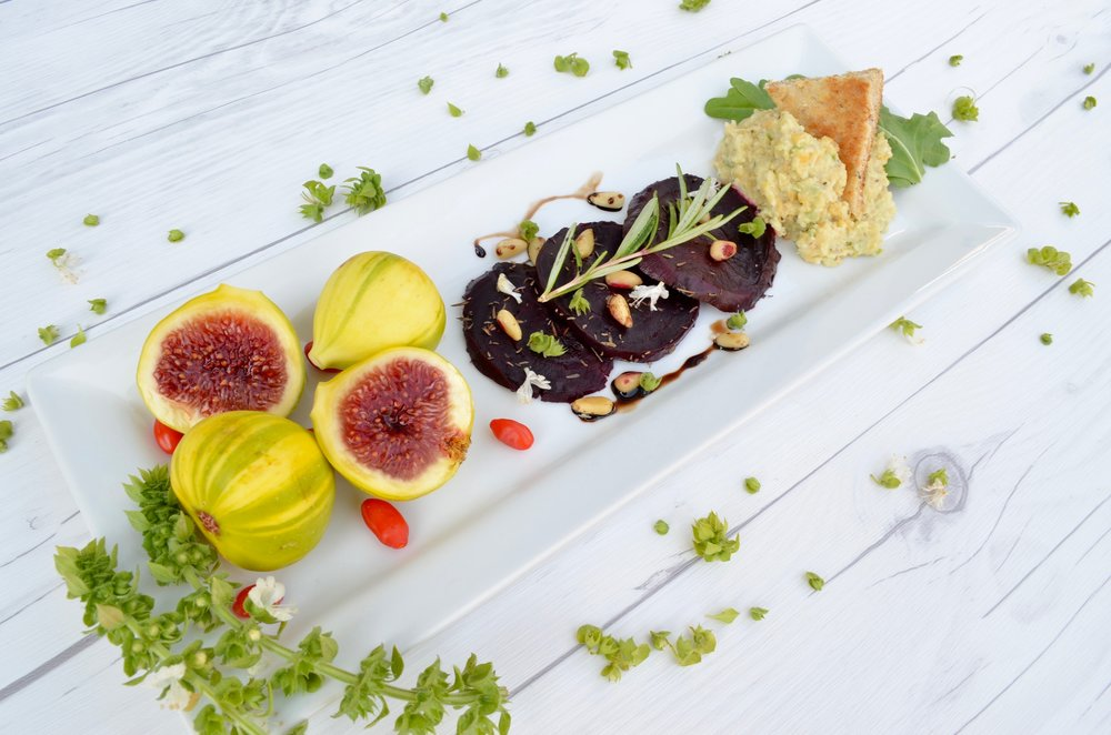 roasted beet and chickpea salad with tiger figs