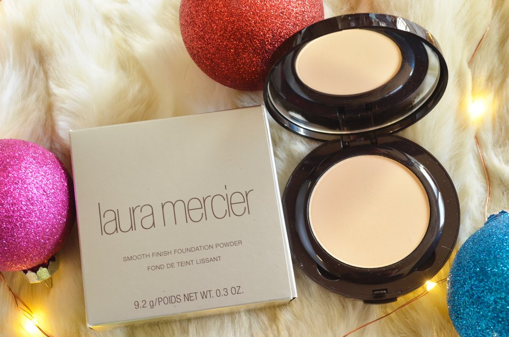 laura mercier smooth finish powder foundation beauty-christmas-gifts-2016_dsc0091