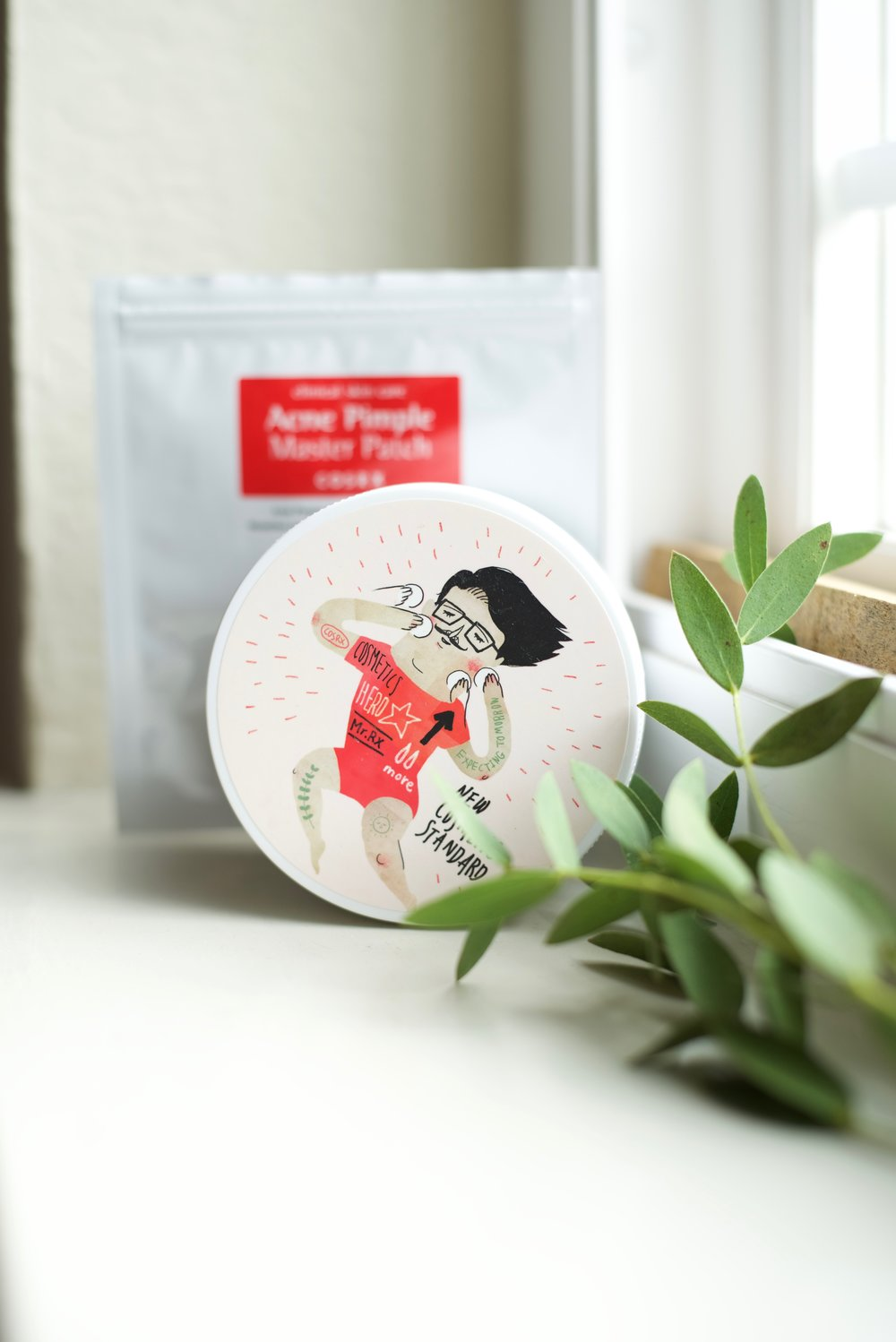 COSRX Acne Pimple Master Patch One Step Pimple Clear Pad Review