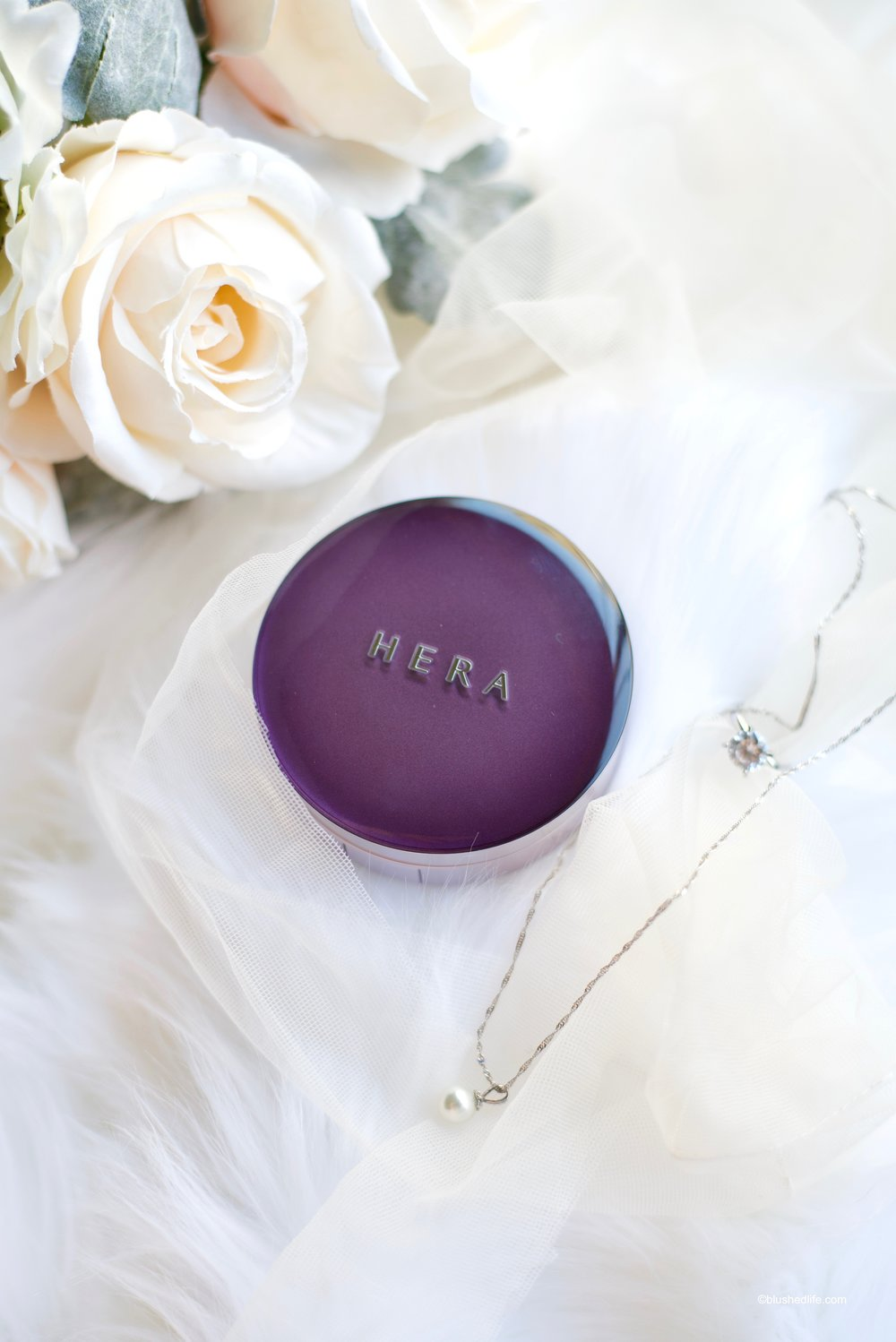 Hera UV Mist Cushion Dry Skin Acne Skin Review_DSC_3625.jpg