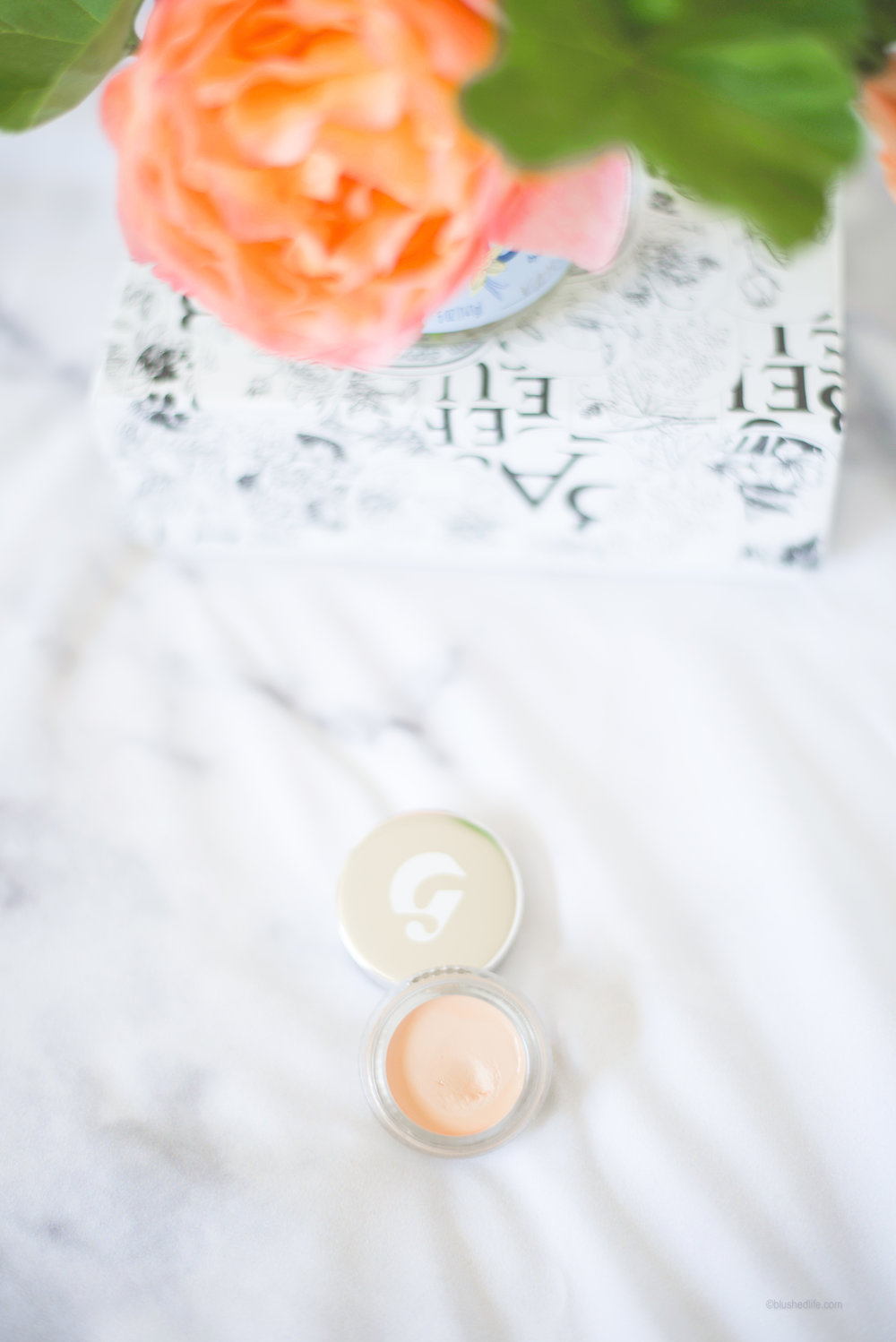 Glossier Stretch Concealer -